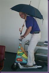 2014-09-24 Schweber mit Schirm