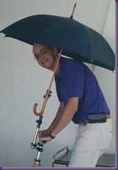 2014-09-24 Schweber mit Schirm - Kopie