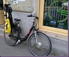 2015-04-22 Rad mit Etwow in Tasche